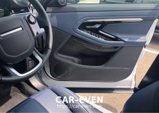 新型レンジローバーイヴォーグ運転席ドア